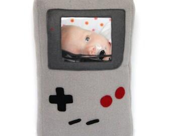 Nintendo Game Boy fotolijst / game boy knuffel / Game Boy Furry Frame