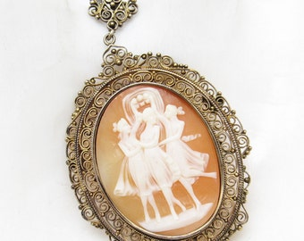 Italian Shell Cameo Pendant Gilt Silver Filigree Antique Jewelry C7180