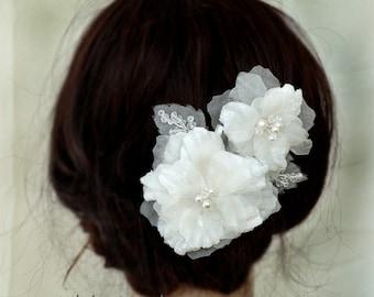 Wedding Headpieces, Bridal Hair Pieces, Wedding Hair Accessories, Ivory Pure Silk Hair Flowers Bridal Hair Combs, 005