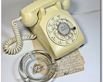 Vintage Bell System Western Electric White Cream desk rotary phone REDUCED