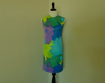 Vintage 1970s Dress, Mister Robert Sleeveless Big Floral Dress in Blues, Purples, and Greens, Vintage Summer Dress, Mod Floral Party Dress