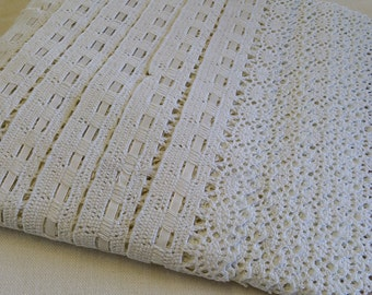 LA020 ~ Vintage trim Ivory crocheted Off white lace Wide flat trim Cotton white 8 yards