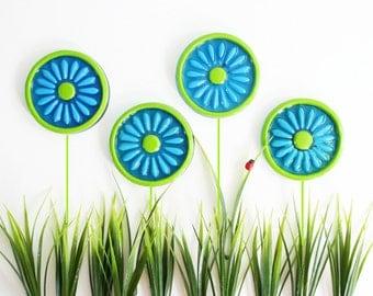 Retro Colorflo Daisy Lucite Coasters / Mid Century Resin Flower Coasters / Retro Flower Coasters / Retro Drink Coasters