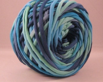 T-Shirt Yarn -Aqua Blue Verdant Green - Lagoon- 60 Yards - T Shirt Yarn - Recycled Yarn - Cotton Yarn - Fabric Yarn - Chunky Yarn
