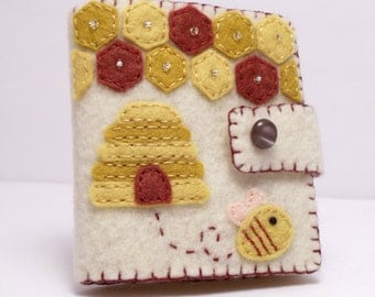 Felt Needle Book / Honey Bee