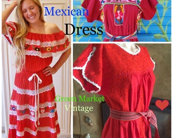 Mexican Dress, Embroidered Mexican, Embroidered Dress, RED Mexican Dress, Short Mexican dress, Frida Kahlo Dress size M