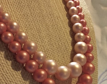 Two Pinks Lucite Bead Necklace