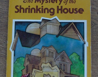 Vintage 1978 book sc THREE INVESTIGATORS - The Mystery Of the Shrinking House