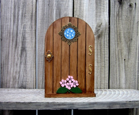 Fairy door faerie door stained wood by countrylanehomedecor for The faerie door