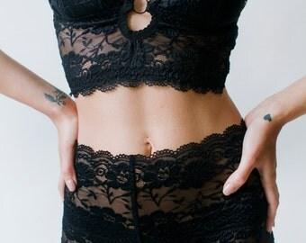 Vanna crop top longline bra - black -  by Kayleigh Peddie