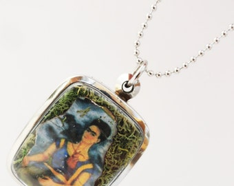 Frida Kahlo Locket, Moss Terrarium, Locket Necklace, Mini Curio Display, Quote At the End of the Day We Can Endure Much More than We think