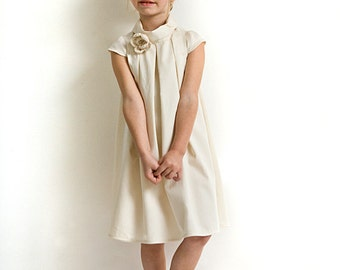 Ivory flower girl dress in organic cotton sateen. Girl's wedding dress with cap sleeves. Baptism dress.