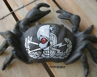 Painted Explosive ordnance disposal EOD Master Badge with Skull on a cast iron CRAB -Ready to Ship