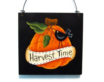 Primitive Pumpkin and Crow Sign, Handpainted Wood Wall Hanging, Hand Painted Home Decor Wall Art, Harvest Time, Tole Decorative Painting