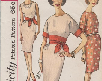 Simplicity 4342 / Vintage Sewing Pattern / Sleeveless Sheath Dress And Overblouse / Size 13 Bust 33