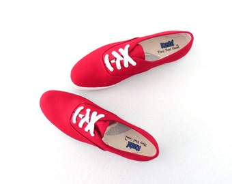 90s Canvas Sneakers * Vintage Red Keds Sneaker * Lace-up Kicks * sz 8 / 39