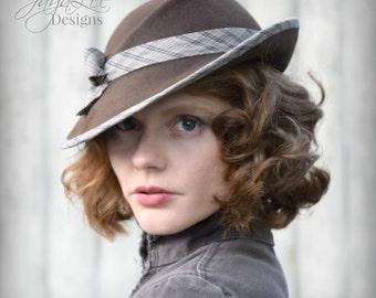 Women Felt Tilt Hat 1930's Vintage Style Fedora in Earthy Brown & Plaid