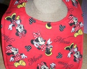 "Bib - Minnie Mouse -  Reversible - Absorbant - 11"" x 14"" - Snap Closure"