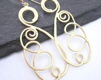 Spiral Dangle Earrings -- Gold Spiral Earrings -- Coil Earrings -- Unique Spiral Earrings -- Long Spiral Earrings -- Curly Earrings --Curled
