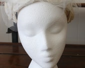 Wedding Headpiece Veil Vintage Bridal 1950s Flower Bow Headband Hat White