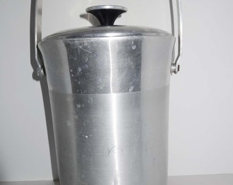 Made in Italy Hostess Ware Tall Aluminum Ware Ice Bucket Home and Garden Kitchen and Dining Serve Ware Drink and Barware Ice Buckets