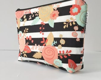 project bag -- striped floral