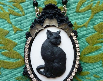 Le Chat Noir // Black Cat Cameo Necklace framed in Swarovski Crystals, 1930s Glass Bats, Jet Czech Glass Beads, Rosary Goth Retro Victorian