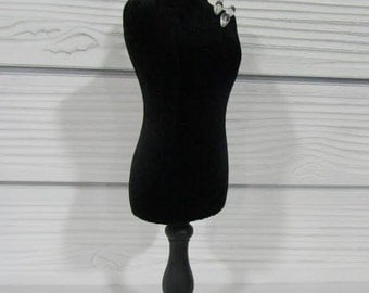 Black Mini Mannequin Form W/Needles
