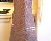 Grandma Style Old Fashioned Full Apron in Brown and Pink