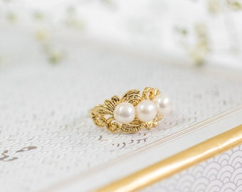 Pearl Ring, Gold Ring, Freshwater White Pearl Rings, Gemstones Ring, June Birthstone Ring, Statement Rings, Gift For Her, Gold Jewelry