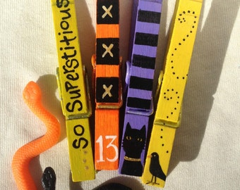 SUPERSTITIOUS HALLOWEEN CLOTHESPIN hand painted magnetic clothespins set number 13 black cat raven