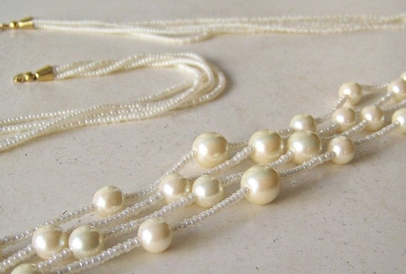 Vintage Trifari Beads and Pearls Necklace White Necklace Brides Jewelry Costume Jewelry Vintage 1970s