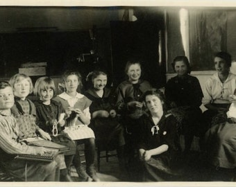 "Vintage Photo ""School House Days"" Snapshot Antique Photo Black & White Photograph Found Paper Ephemera Vernacular - 151"