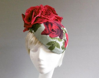 multi coloured rose hat with ton sur ton flowers on comb