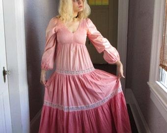 70's Vintage Hippie Gypsy Rose Pink Ombre Dress med