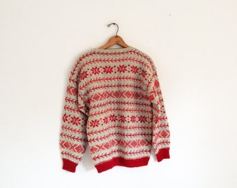 1950s or 60s  Hand Knit Maurtua  Norwegian Pullover wool ski Sweater size medium