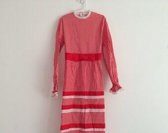 1960s 1970s girls plaid tiered maxi dress , eyelet lace trim , prairie, folk , hippie, bohemian , boho chic