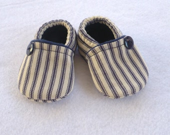 Baby Crib Shoes / Navy and Cream Ticking Fabric