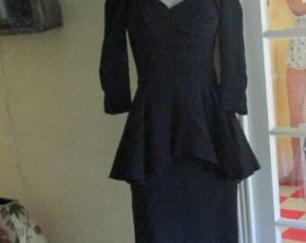 Vintage Gorgeous Victor Costa Peplum Black Dress / Dressy Flattering Dress Size 8