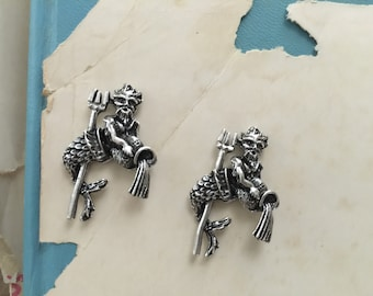 Silver Aquarius with Water Jar and Trident Casting (1pc)