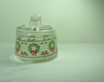 Vintage CHRISTMAS CANDY JAR Lid Wreath Holiday Apothecary Decor