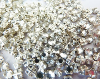100 vintage sew on rhinestones, Ø3mm, crystal, round