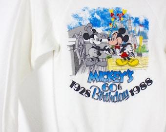 Vintage Retro White Mickey Mouse Sweatshirt Youth Medium