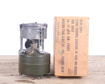 Vintage 1952 US Military Stove / Backpack Stove / Korean War Army Gear / US Army Military Camping Stove Rogers Ohio / Green Antique Stove