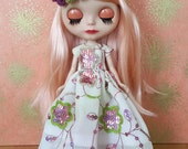 Spring Has Arrived Embroidered Blythe Dress and Hairpiece Set   Pullip Dress