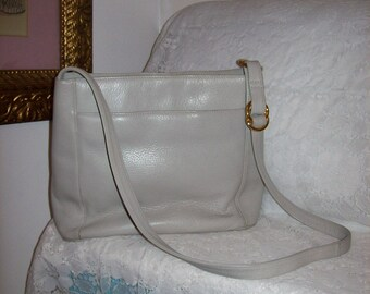 Vintage Ladies Pale Gray Leather Shoulder Bag by Valerie Stevens Only 12 USD