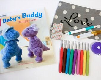 Crochet Kit- Handmade Love zipper bag, 9 soft ergonomic hooks, yarn snips, retractable measuring tape, magnetic needle box