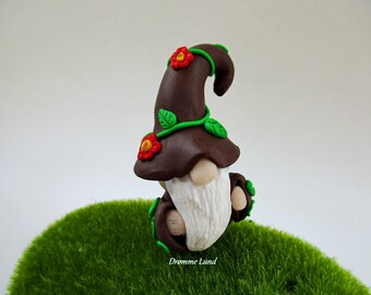 Earrach The Spring Gnome ~ Gardener Miniature Gnome ~ Scandivanian Style Gnome