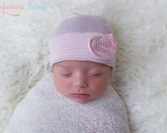 Little sister newborn hospital hat, READY TO SHIP, little sister baby hat, little sister, newborn hospital hat, girl newborn hat