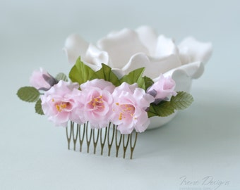 Floral Bridal Hair Comb. Flower Hair Comb. Light Pink Roses Hairpiece.